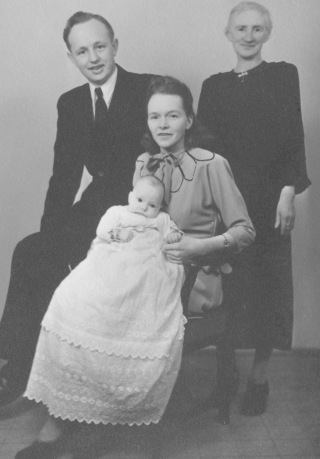 Ina Bekker Jensen med manden Ove, Karla Madsen og sønnen Karl