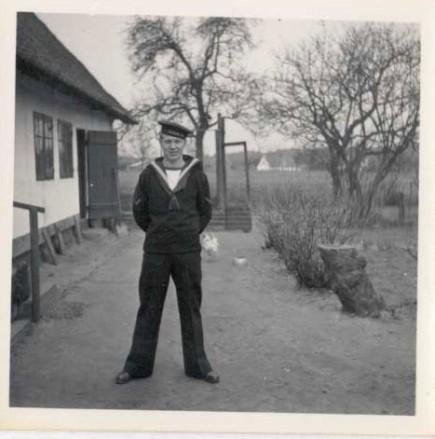 Mogens som matros i Marinen