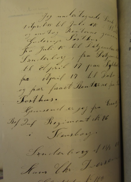 Hans Christian Iversen skrev til den Sønderjyske Invalidefond om sin sag. Han angiver Sønderborg Slot som sin adresse.