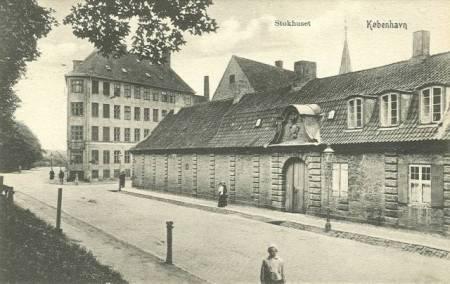 Københavns Stokhus inden volden blev sløjfet i 1874 og stokuset blev revet ned.