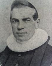 Frederik Olaus Moe (1813-1901)var født i København som søn af Johannes Moe fra Norge og Kirstine Frederikke Gustavius. Han var institutbestyrer på en skole i Roskilde og sognepræst.