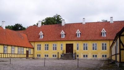 Herregården Bøttigersholm kom i 1785 til at hedde Hofmansgave.