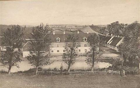 Korsebølllegård på foto fra omkring 1900.